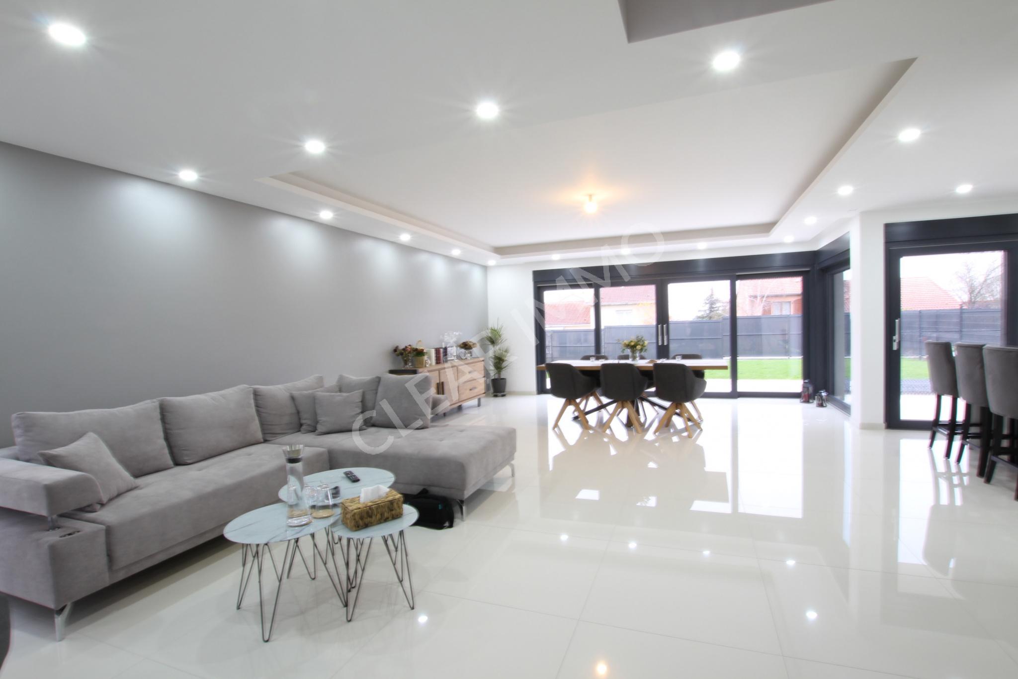 vente Maison Cubique moderne de 2018 avec 165m2 habitables